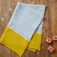 Kids & Baby Blanket, cozy blanket, warm & soft lambs wool blanket, blue, yellow