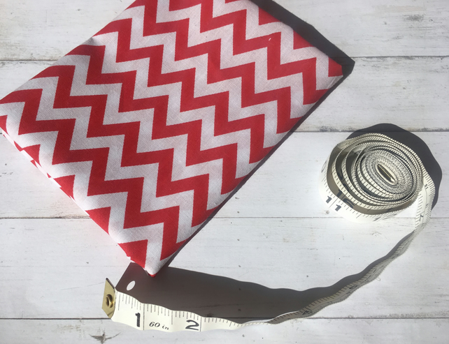 Fat quarter chevron geometric red and white poly cotton