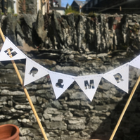 Cake topper Mr & mrs bunting