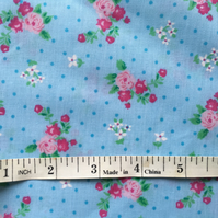 Fat quarter blue flowery poly cotton