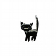 Big Curiosity black cat Resin Brooch by EllyMental