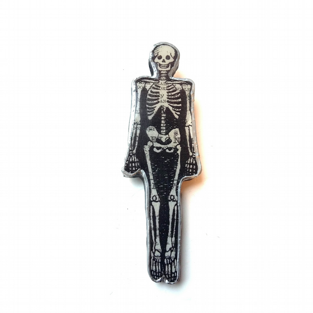 Skeleton Goth Halloween Spooky Resin Brooch by EllyMental