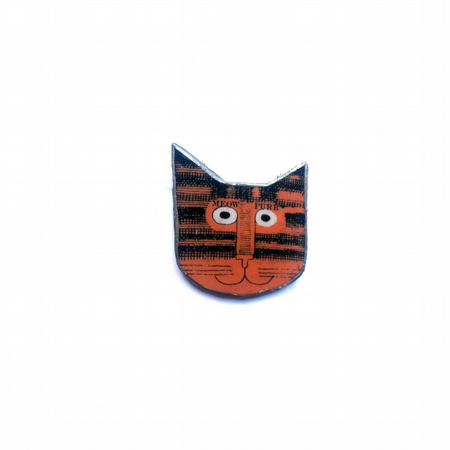 Little Orange Stripey Cat whimsical resin brooch by EllyMental Jewellery