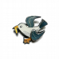 Seaside Nautical Chip pinching Seagull layered Resin Brooch by EllyMental