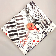 Kindle Case - Musical Interlude
