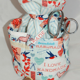 Sewing Tote with Pockets
