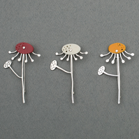 Daisy Brooch Pin
