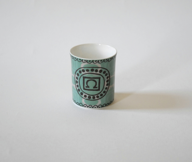 Omega Workshop Omega Pattern Bloomsbury Group Tea Light Candle