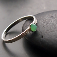 Sterling Silver Textured Ring with Chrysoprase