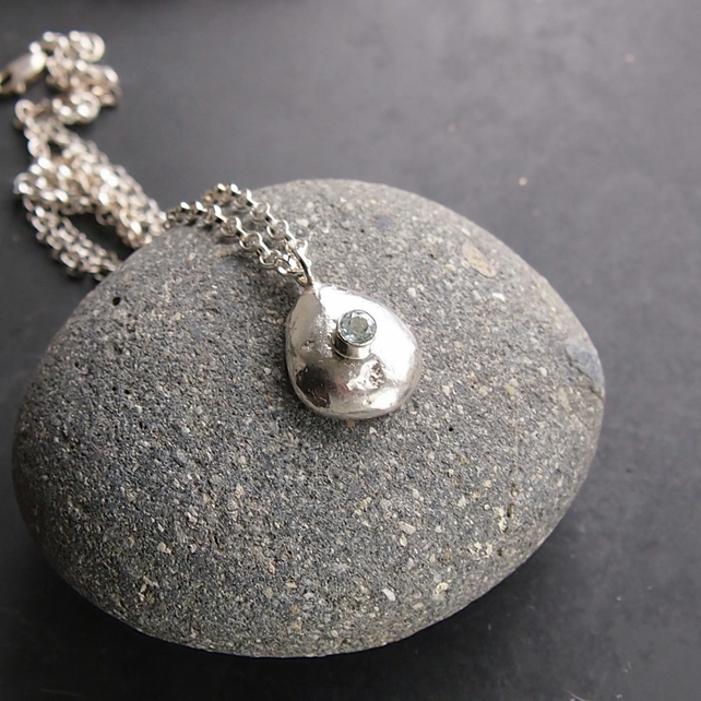 Sterling Silver Pebble Necklace with Topaz