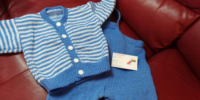 Dungarees and cardigan  set  -  size 3-6 months