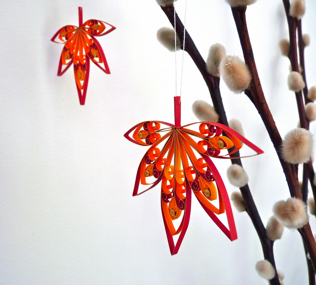 2 Autumn leaf hanging decorations. Eco-friendly