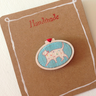 Cat Brooch, Linen & Wood Oval Brooch