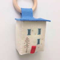 Miniature Hanging 'Winter House'