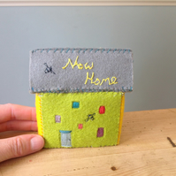 New Home Handmade Miniature Bumblebee Felt Cottage