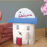 Welcome Miniature 'Bee House' Town House