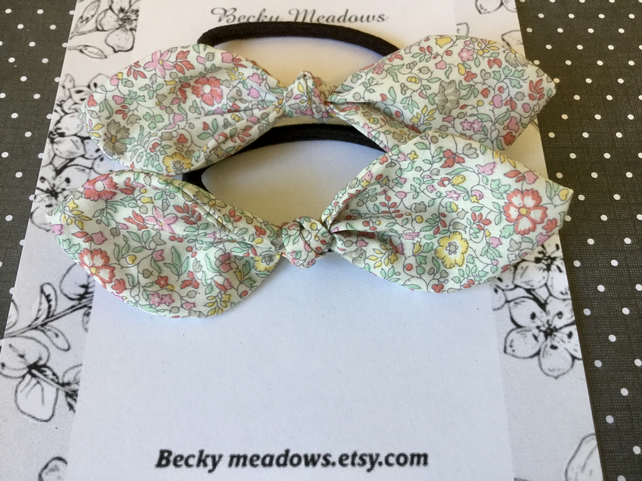 Ponytail knot bows in Liberty Print cotton.