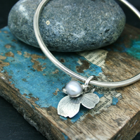 Sterling silver bangle with hydrangea flower charm and pearl