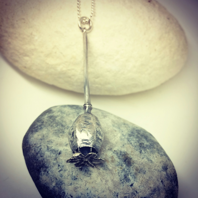 Large poppy pendant in Sterling Silver