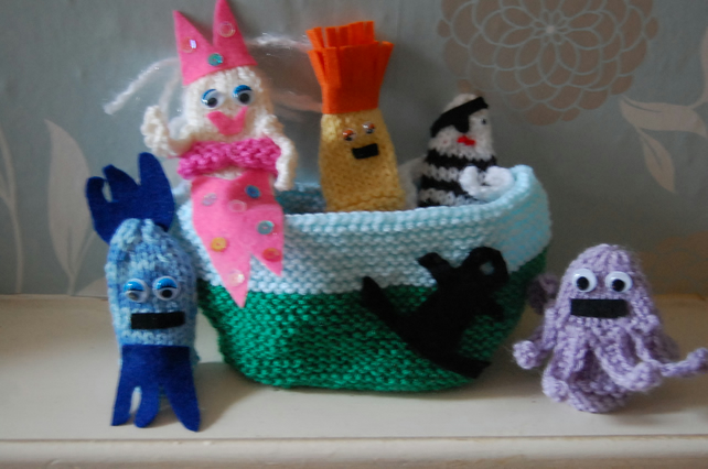 Finger Puppets Singing Mermaid Knitted