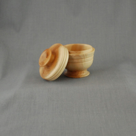 English Yew Lidded Box