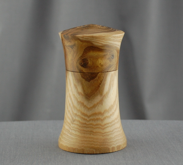 Lidded Box in English Laburnum