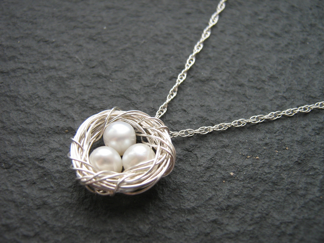 Freshwater Pearl and Sterling Silver Wire Wrapped Nest Pendant
