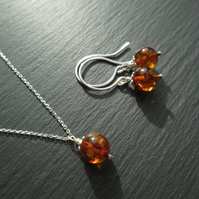 Amber Pendant Necklace and Earring Set