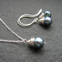 Peacock Pearl Jewellery Set - Pearl Necklace, Pearl Earrings, Blue Pearl