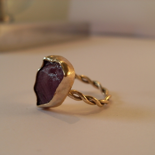 Large Ruby Ring in Gold