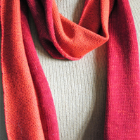 Two-Tone Scarf in Pure Merino Wool - Wine & Orange
