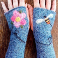 "Fingerless Mittens - ""Flight of the Bumble Bee"""