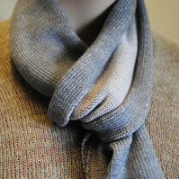 Two-Tone Scarf in Pure Merino Wool - Light Grey & Pinky Grey