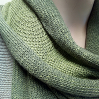 Two-Tone Scarf in Pure Merino Wool - Shades of Green