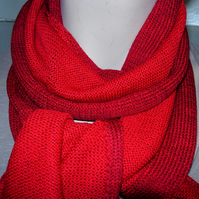 Two-Tone Scarf in Pure Merino Wool - Wine & Scarlet