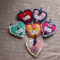 Crochet Padded Heart for 'Mum'