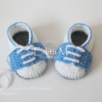 Baby booties, baby sneakers, shoes, FREE SHIPPING UK,  0-3 months, Ready to ship