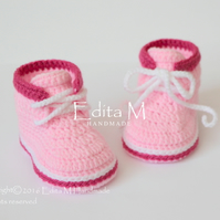 Baby booties, baby shoes, baby sneakers, FREE SHIPPING UK,  3-6 months