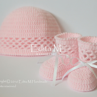 Baby girl set, booties, hat, pink, free shipping, gift for baby