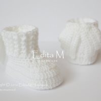 Unisex baby booties, baby shoes, angel wings, FREE SHIPPING, Baptism