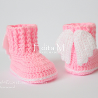 Baby booties, shoes, angel wings, 0-3 months, free shipping, pink