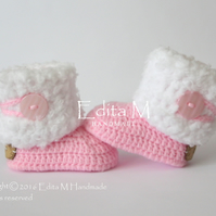Baby booties, baby shoes, 0-3 months, free shipping UK, pink