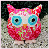 Florence,  large owl cushion.