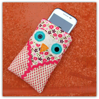 SALE!!! Baby Owl gadget sleeve, for mobile phones, i-pod or small gadgets.