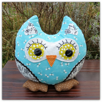 Gilbert. An owl doorstop. Owl bookend. Shelf sitter.