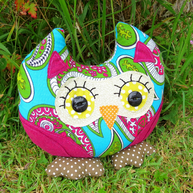 SALE!!!  Paisley, a groovy owl doorstop.  Owl bookend.  1970s paisley fabric.
