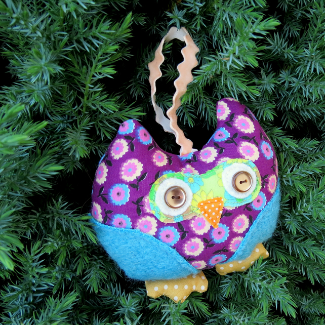 Hanging decoration.  A whimsical owl door hanger.