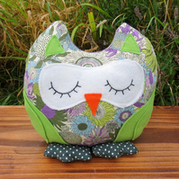 A snoozy owl doorstop made from Liberty Lawn.