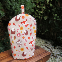 A cafetiere cosy, size small.  To fit a 2 cup cafetiere.