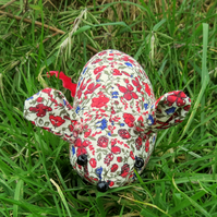 A field mouse pin cushion. Made from Liberty Lawn.